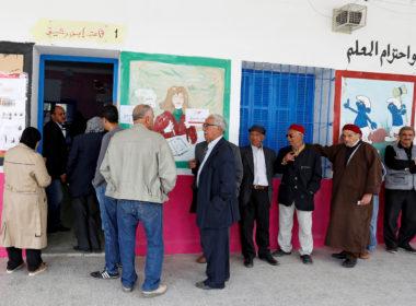 2018 05 06T082534Z 207538137 RC15F4815220 RTRMADP 3 TUNISIA ELECTION MUNICIPAL 1